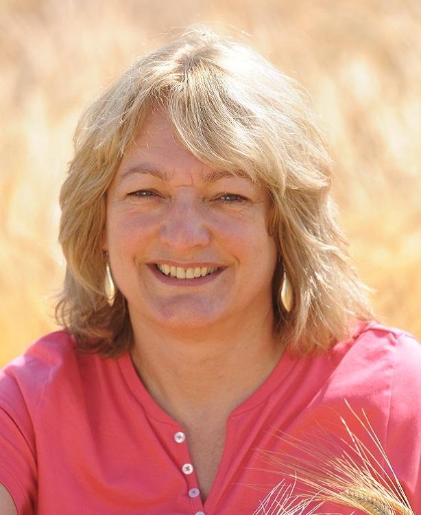 Dr Tina Barbsy